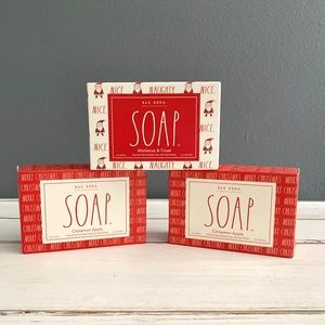 🎄Rae Dunn 3 Christmas Scented Bars of Soap